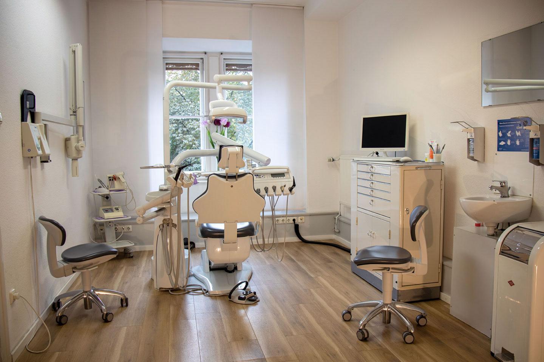 Praxisraum 2 Dr. med. dent. Prestele M. Sc. in München